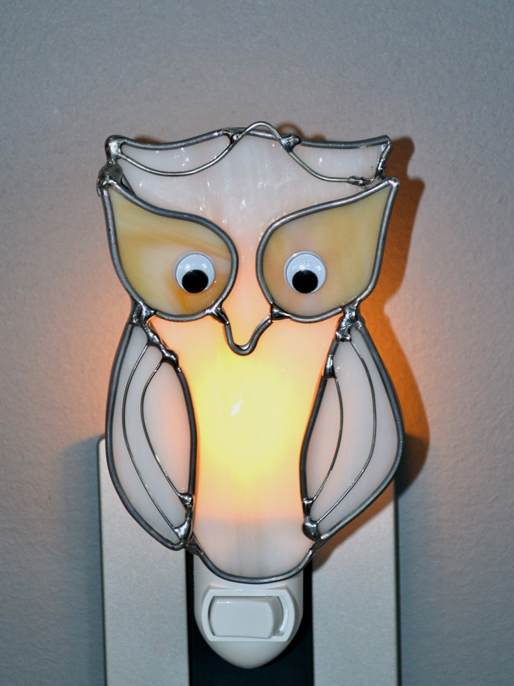Snowy Owl  Stained Glass Nightlight. $16.00, via Etsy.