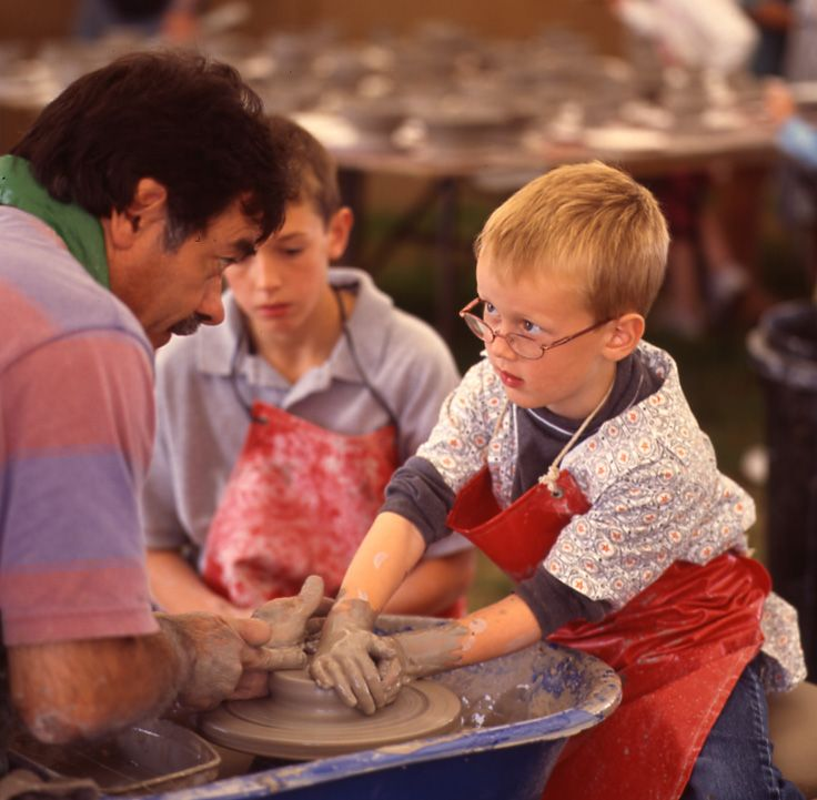 2003! Pottery class in full swing! #throwback How cute is this?