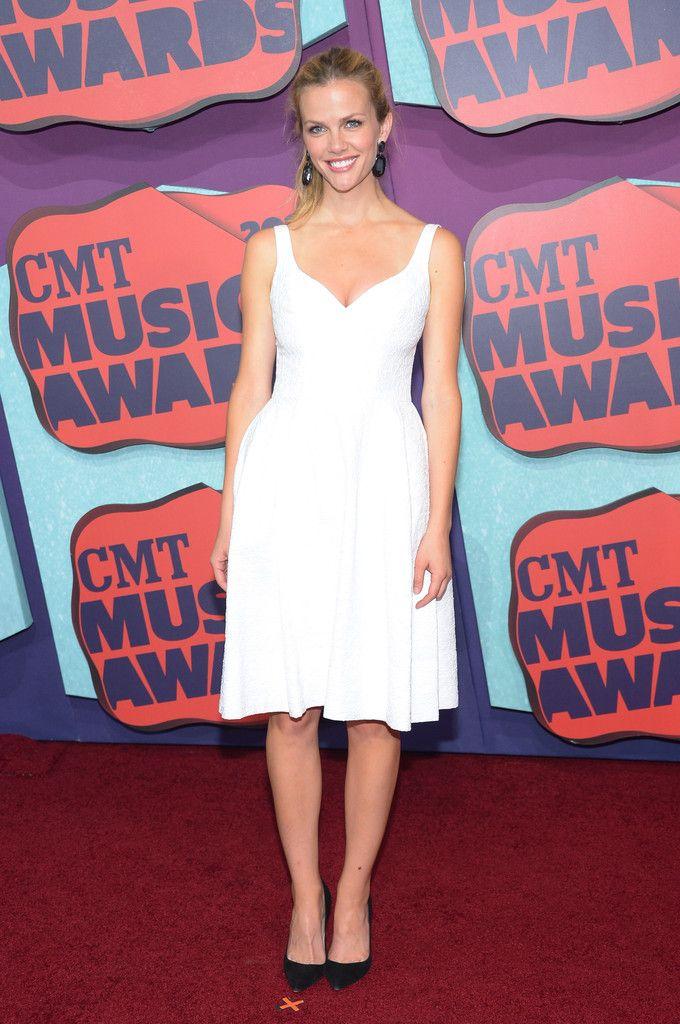 Brooklyn Decker Photos - Arrivals at the CMT Music Awards - Zimbio