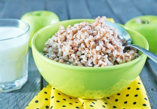 Гречка считается лучшей крупой по пищевой ценности при минимальном содержании калорий
