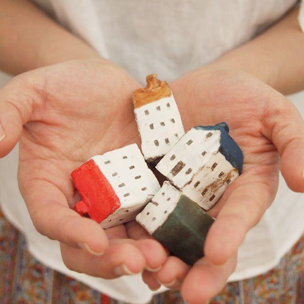 陶器製の小さなおうち2個セット(オブジェ/インテリア/雑貨/家)