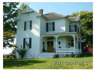 Charming farm house for sale in Waynesboro, Va.