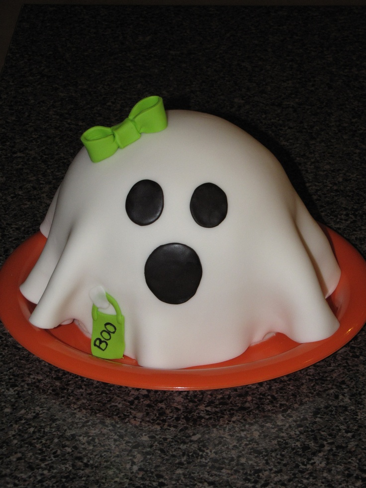Lil Ghost Cake