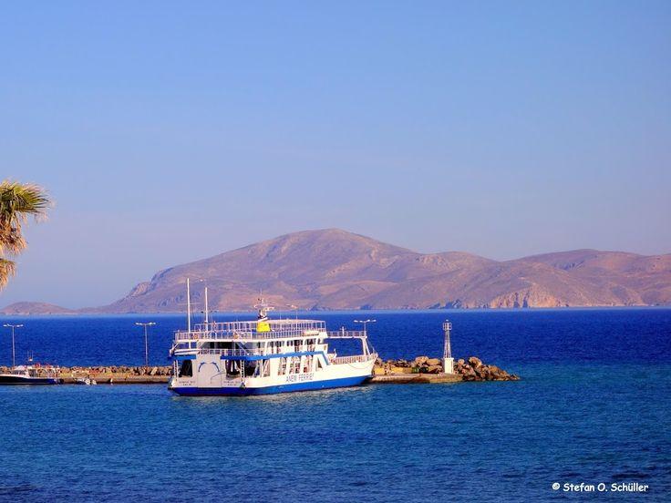 Die Autofähre am Hafen von Mastichari. Im Hintergrund sieht man die Nachbarinsel Kalymnos.  #Kos #Insel #Griechenland #greece #island #Dodekanes #InselKos #KosIsland