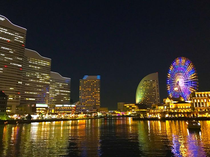 脂肪を蓄える季節到来!夜景が観たい!を口実に食を求めて横浜観光をしてきました。 中華街をはじめ、大さん橋、赤レンガ倉庫、桜木町を練り歩き、お腹も気分も満たされるような充実するコースを紹介します。