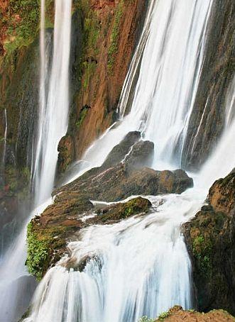 Categorie: Landschappen Marokko waterval Ouzoud 4  Prijs per kaart vanaf: € 2,65 excl. porto Wenskaart is geheel naar eigen wens aan te passen, tekst, figuur of foto. www.wenskaartenshop.droomcreaties.nl