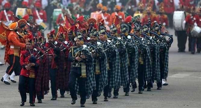 Soulful tunes and foot-tapping drumbeats rent the air today as curtains came down on the Republic Day celebrations with the Beating the Retreat ceremony, where bands from Delhi Police and Central Armed Police Forces performed for the first time.