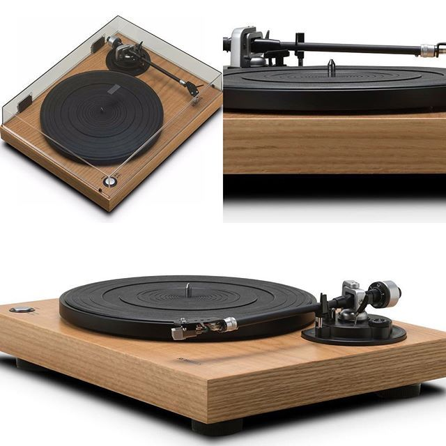AUDIOPHILE MAN - HIFI NEWS: Roberts RT100 turntable The 2-speed RT100, belt-driven turntable with USB (for MP3/FLAC ripping) joins the R-Line line-up. (R-Line is Roberts' range of premium smart radio and wireless speakers). To read more, click profile link. #hifi #audio #audiophile #new #news #turntable #technology #hifi #hifidelity #vinyl #usb #digital #mp3