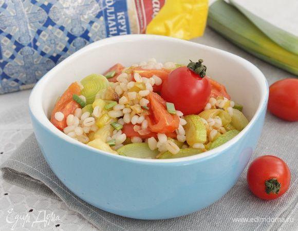 Салат с перловой крупой и кабачком