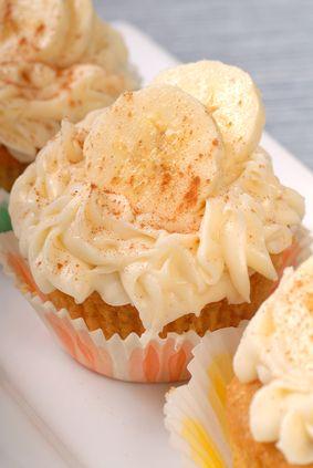 Vegan Banana Split Cupcakes   Vegan CupCake Recipes