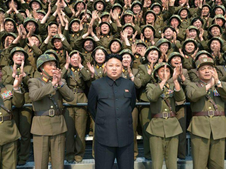 PHOTOS. Corée du Nord : la propagande selon Kim Jong-unhttp://tempsreel.nouvelobs.com/galeries-photos/monde/20120822.OBS0146/en-images-kim-jong-un-le-mauvais-roman-photo-de-l-ete.html#photo