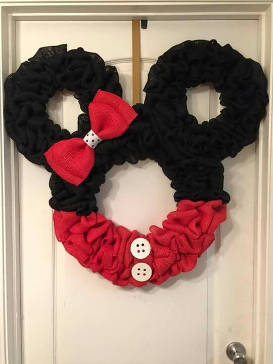 Minnie Mouse Wreath-no instructions.