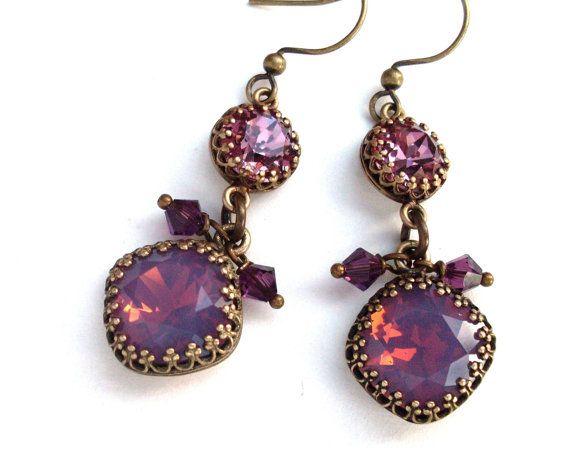 Aretes de diamantes de imitación de ópalo ciruelo, pendientes rosados polvorientos morera púrpura de cristal, pendientes colgantes de bronce envejecido, joyería púrpura, joyas de cristal