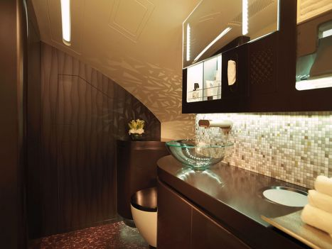 First Class washroom - Etihad Airways' new Airbus A380 first class suites. Awesome!!!!