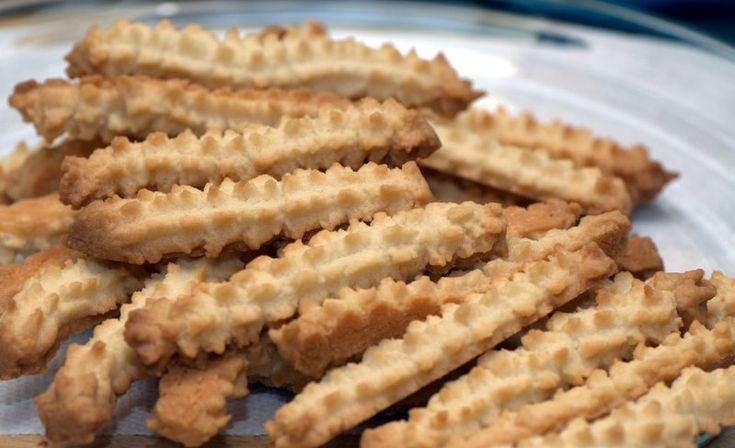 Nagyi féle diós darálós keksz – rajongunk ezért a házi finomságért!