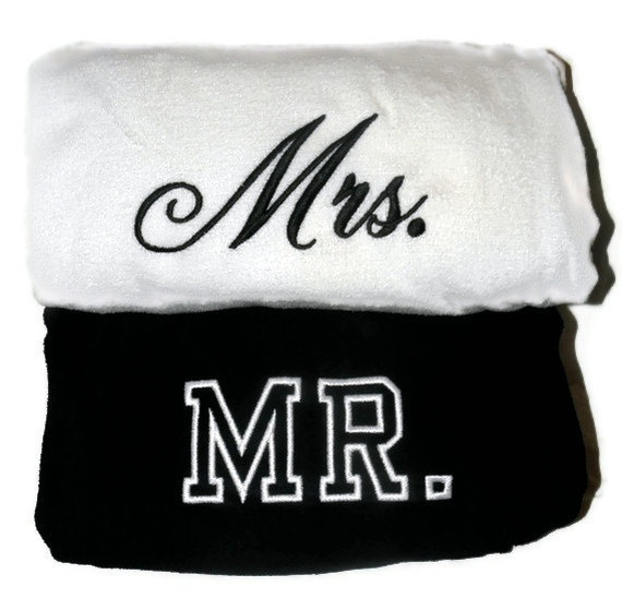 MR Amp MRS BEACH Towels With Tote Bag Bride And Groom Embroidered 100 Cotton Terry Velour