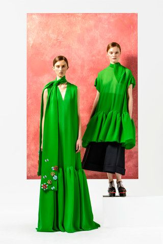 See the complete Delpozo Pre-Fall 2016 collection.