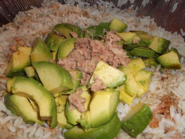 Principales 25 ideas incre bles sobre riz thon en for Ver mangeur de salade
