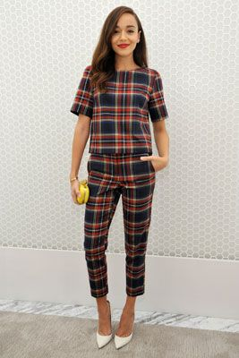 Ashley Madekwe really rocks this sweet tartan look by Topshop. It's a nice change to see more classic, pulled-together looks on younger actresses.