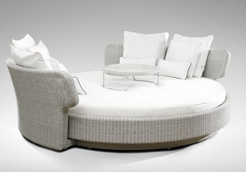 FSG96 Saturn Daybed