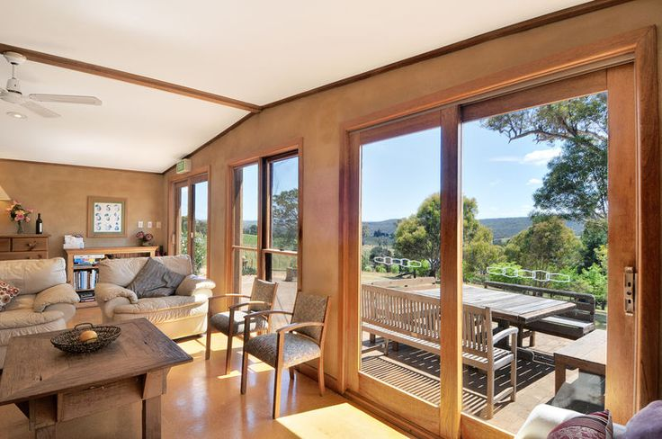 Farmhouse at Pygmy Hill Vineyards Holiday Country Retreat Canyonleigh Southern Highlands Accommodation