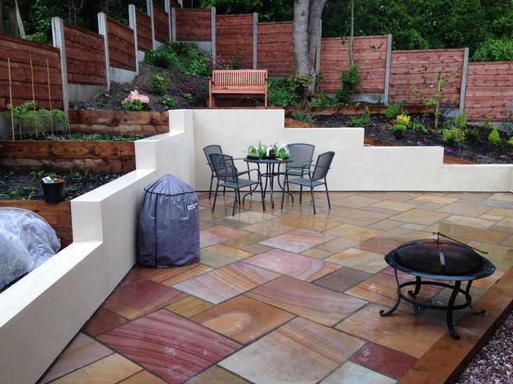 RIPPON - Natural Indian Sandstone Patio Paving Slabs in mixed sizes