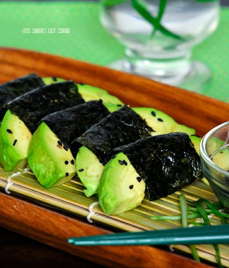 Avocado wrapped with Nori {Seaweed} @SECooking | Sandra