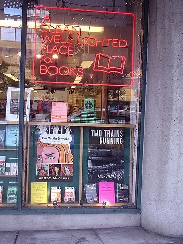 San Franscisco reading at A Clean Well-Lighted Place for Books by Wendy Mc, via Flickr
