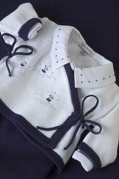 Conjunto Cashquere, listrado com body gola bordada poá azul marinho! | por beijaflormodas