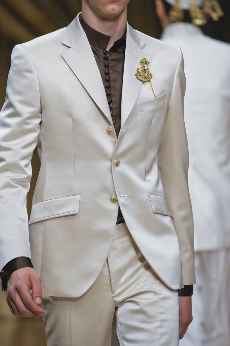 Simone Nobili runway @ Carlo Pignatelli Spring/Summer 2013 Milan Fashion Week (June 23, 2012 20:30)