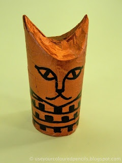 ancient egypt, craft from a toilet paper tube... Got at least one kid who'll love this!