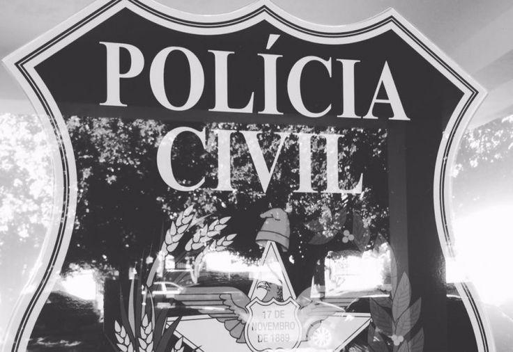 A Polícia Civil, por meio da Delegacia de Polícia de Fronteira da Comarca de São José do Cedro (SC), nesta quinta-feira (03), cumpriu mandado de prisão em desfavor de homem de 36 anos por não pa
