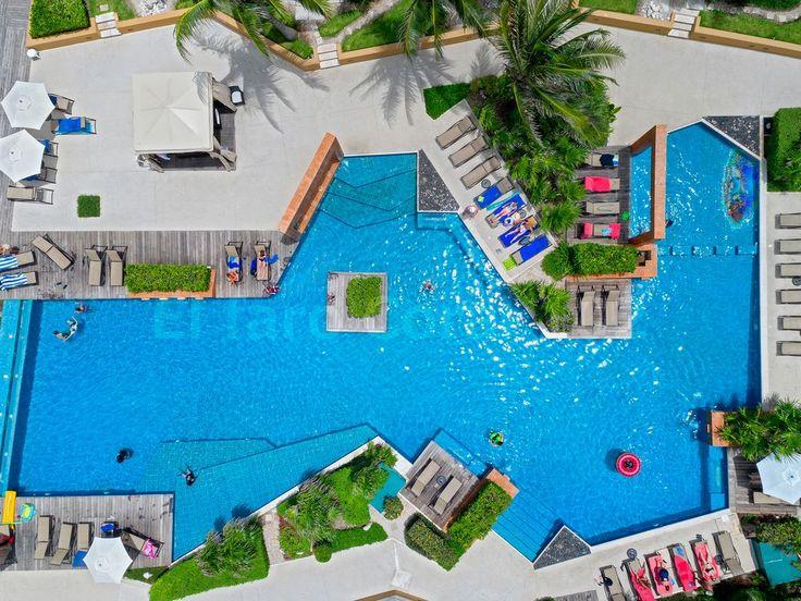 Pool, Beachfront Vacation Rental Condo Playa del Carmen