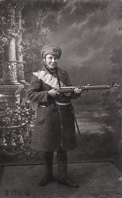 Female Red Guard member Hilja Eskelinen who fought in Finnish Civil War in the Viipuri Womens' Company of the Red Guard, alongside with 150 other women, 1918
