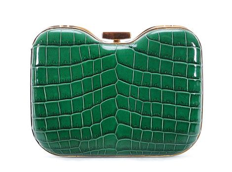 Style.com names this Fendi clutch the top bag of Fall 2012!  DESSIN ABSOLUMENT PARFAIT!