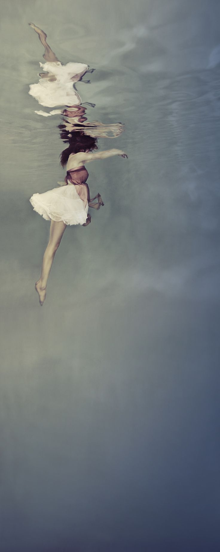 Fine Art Underwater Photography by Mallory Morrison #inspiration #photography