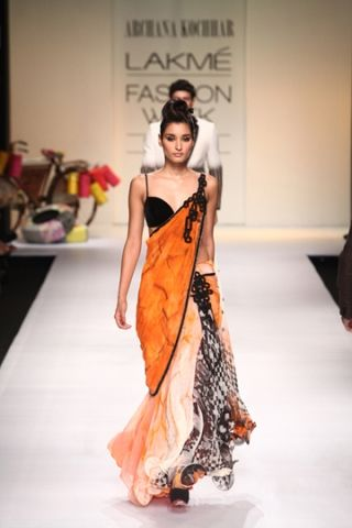 Archana Kochhar  - Spring/Summer 2013 sari