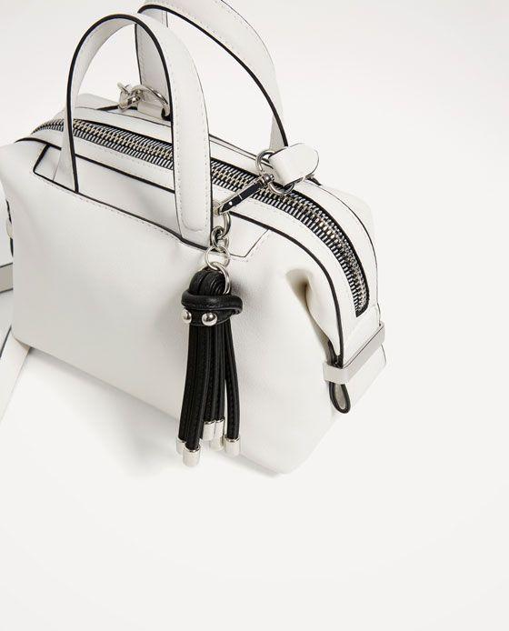 Obrázek 4 z/ze MINI BOWLING S PŘÍVĚSKEM od Zara   799,--