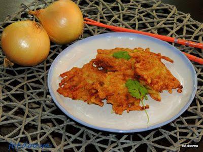 Moje Małe Czarowanie: Chrupiąca cebulka onion bhaji