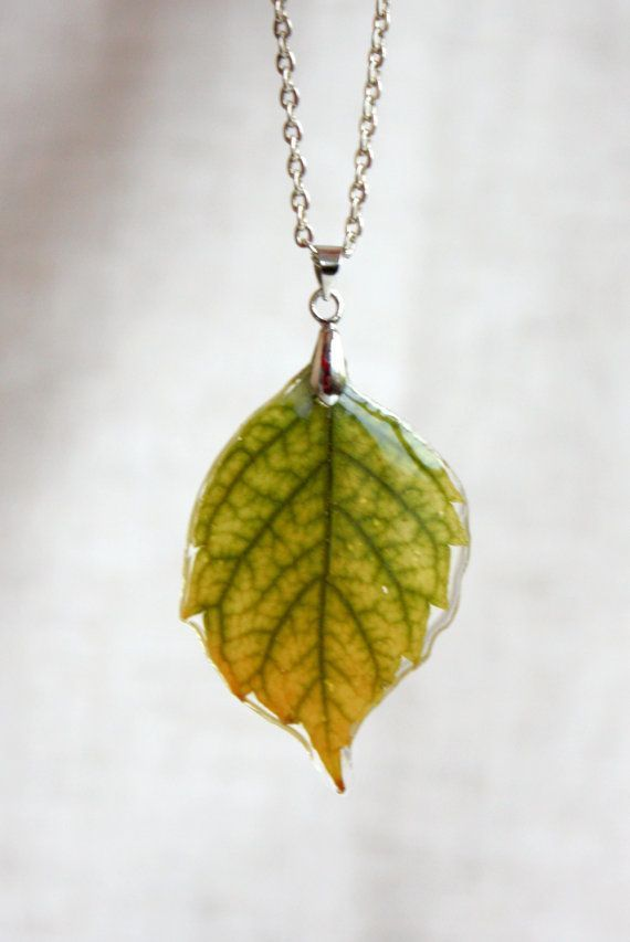 Leaf pendant epoxy resin Natural leaf beautiful color by