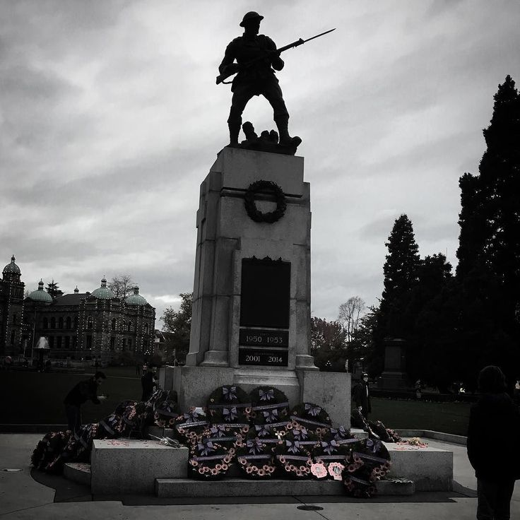 Taking a moment to #remember on a busy day. . . . #armistice #remembranceday #november11 #armisticeday
