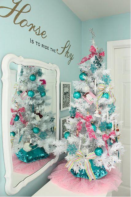 171 best Christmas Trees images on Pinterest