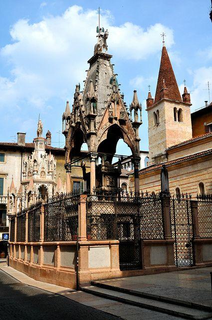 Verona - Arche Scaligere by bautisterias, via Flickr