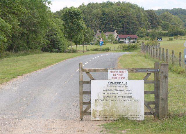 Road into Emmerdale