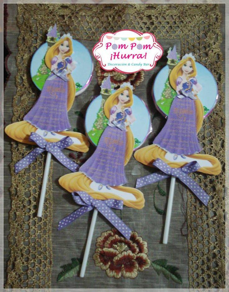 ♥ Rapunzel ♥    Invitación + Paleta dulce + Cinta  Consultas y Pedidos:  ☎ 276 - 3760 / 995587688  ✉ pompomhurra@gmail.com   https://www.facebook.com/photo.php?fbid=547463595316322&set=a.506489879413694.1073741833.427395250656491&type=3&theater
