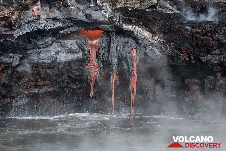 An exposed small lava tube feeds 3 streams of lava pouring onto the shore at Kilauea volcano's Kamokuna ocean entry in Nov 2016. (Photo: Tom Pfeiffer) | pinned by haw-creek.com