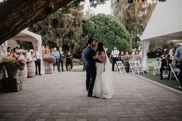 Spring Creek Homestead Yakima Wa Wedding Venue Wedding Venues Wedding Venues