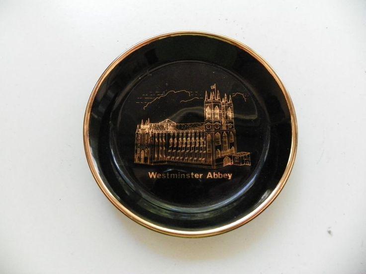 WESTMINSTER ABBEY BLACK & GOLD DECORATIVE PORCELAIN SOUVENIR COIN TRINKET TRAY