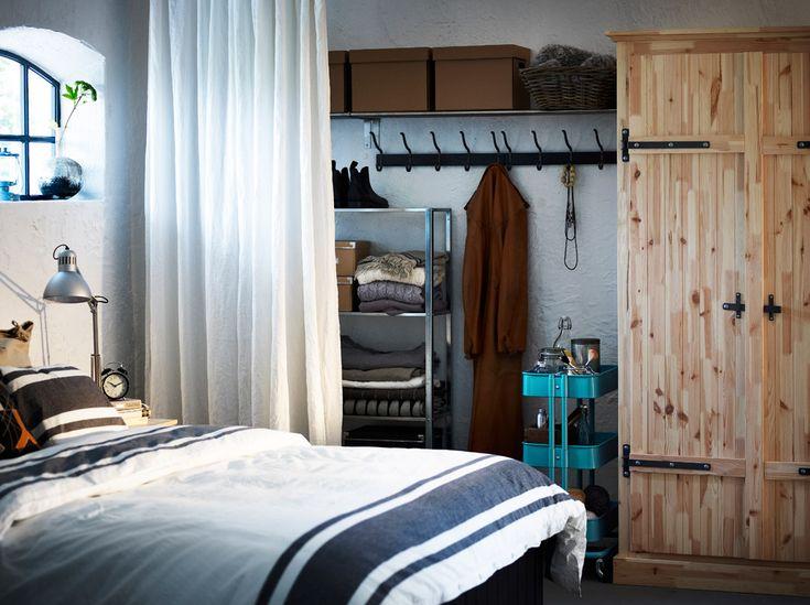 die besten 17 ideen zu regal mit k rben auf pinterest cd regal holz ikea badezimmer und. Black Bedroom Furniture Sets. Home Design Ideas