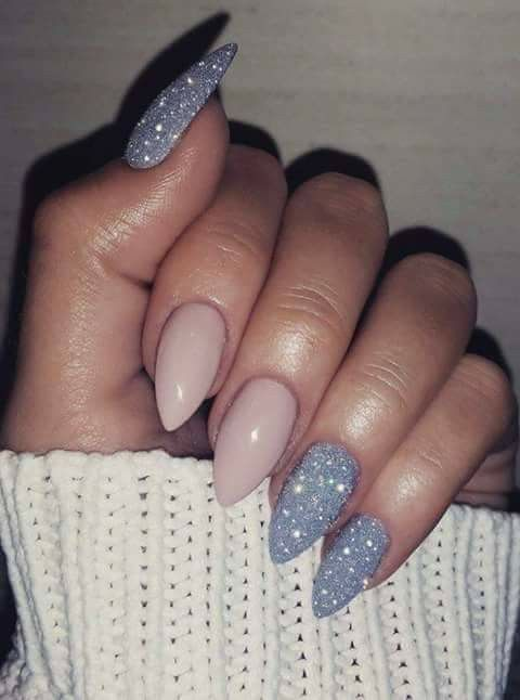 Beautiful almetto shape, plus I'm loving the contrasting colors/finish  Kliknij i zobacz. - Best 25+ Stiletto Nails Ideas On Pinterest Nude Nails, Claw